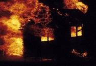 Đốt chính nhà mình sau cuộc cãi nhau với người yêu