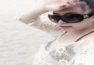 Hoàng Thùy Linh mặc bikini khoe vòng 1 phẳng lỳ
