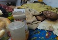 Người đàn ông bại liệt bị bỏ mặc trong ngôi nhà khóa cửa