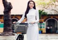 Ngẩn người ngắm hoa hậu Thu Thảo đẹp thuần khiết với áo dài trắng