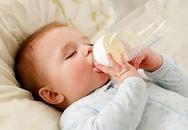 Cách cai sữa đêm cho trẻ