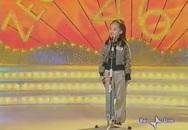 """Ấn tượng cô bé Việt hát bài """"Chú ếch con"""" trên truyền hình Italia"""