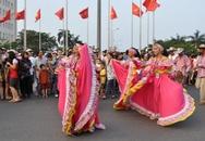 Đặc sắc lễ hội đường phố ở Festival Huế 2014