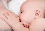 Bú sữa mẹ giúp trẻ giảm nhiễm trùng