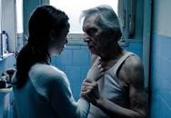 """Gái lạ xông vào nhà, đòi """"yêu"""" ông lão hơn 80 tuổi"""