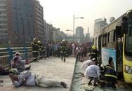 Châm lửa đốt xe bus chở 80 người để... nổi danh