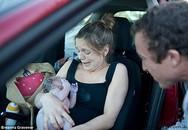 Xúc động mẹ sinh con khi đang trên đường tới bệnh viện