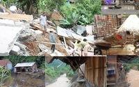 Lũ dữ tàn phá nhà dân ở Tương Dương