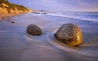 Hòn đá của quan về hưu