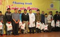 Rơi nước mắt khi nhận quà Tết tại Bệnh viện Đà Nẵng