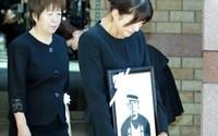 Minh tinh Nhật xin lỗi sau bê bối ngoại tình khiến chồng tự sát