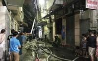 Căn nhà 4 tầng bốc cháy trong đêm, 2 người tử vong