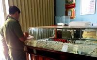Thuê ôtô vượt 700 km đến Bình Định đột nhập tiệm vàng