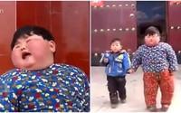 Mẹ chiều chuộng cho ăn uống thoải mái, bé 2 tuổi có cân nặng