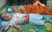 Nỗi khổ của người mẹ không có tiền chữa bệnh cho con