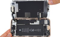 Có gì bên trong iPhone 8?