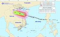 Tin mới nhất về cơn bão số 10: Bão đã áp sát đất liền Hà Tĩnh - Quảng Bình