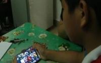 Bé 11 tuổi 'nướng' sạch tiền tiết kiệm của bố vào game online