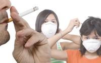 """Kinh ngạc, """"bị"""" hút 5 điếu/ngày dù không hút thuốc"""