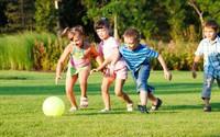 Với 3 câu hỏi này, bố mẹ dù bận tối mắt tối mũi vẫn có thể nắm được hoạt động cả ngày của con