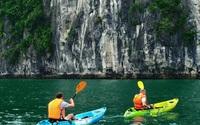 Đến bao giờ dịch vụ chèo thuyền Kayak ở Quảng Ninh được hoạt động trở lại ?