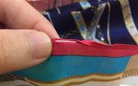 Vụ Khaisilk bán khăn lụa