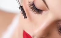 Dùng mascara không trôi cũng phải tẩy trang đúng cách, không phải qua loa là được đâu