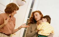 Mẹ chồng đặt điều nói xấu con dâu với con trai
