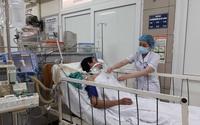 Hiểm họa methanol chưa dứt, lại thêm 2 người ở Hà Nội nguy kịch sau khi uống rượu