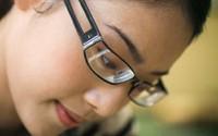 Nguyên nhân và triệu chứng loạn thị