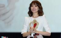 Hari Won tiết lộ Trấn Thành lấy cát-xê cao khi đóng phim của vợ