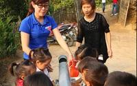 """Xúc động bài thơ """"Nỗi niềm cô giáo hợp đồng"""" của thầy giáo Bình Định"""