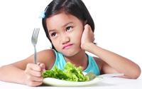 Trẻ lười ăn, làm sao để tăng cân?
