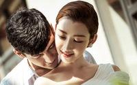 Chồng công tác xa, vợ trẻ tìm đến tình cũ vì cô đơn