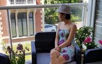 Ban công bài trí lãng mạn như quán cafe của cô dâu Việt tại Pháp
