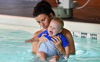 3 bài học mẹ học được từ lớp dạy bơi cho trẻ với kình ngư Michael Phelps