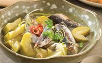 Canh bầu chua nấu cá nục đưa cơm