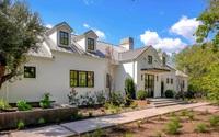 Ngôi nhà sau đây sẽ là minh chứng cho việc màu trắng luôn là sự lựa chọn hoàn hảo cho mọi thiết kế nhà