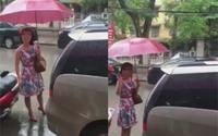 Người phụ nữ đỗ ô tô sai trước cửa hàng còn thách thức