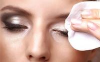 Cách tẩy trang đúng cách giúp sạch da ngừa mụn
