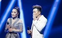 Hồng Ngọc xúc động cùng em trai hát tặng mẹ trong live concert 20 năm
