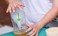 Chỉ mất 5 phút với 0 đồng, có ngay cách đuổi muỗi bằng bẫy từ chai nhựa, bắt được cả đàn muỗi