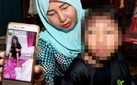 Bố tra tấn con gái chỉ vì con trông giống vợ cũ