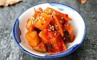 3 bước đơn giản làm kim chi củ cải chua giòn ăn với gì cũng ngon