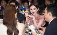Hoa hậu Đặng Thu Thảo thanh lịch với váy hồng pastel tôn làn da trắng sứ