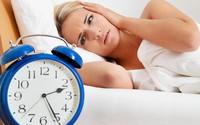 Ngủ sao cho đúng? (2): Có phải cứ dậy 3-5 giờ sáng là tốt và có nên khoả thân khi ngủ?