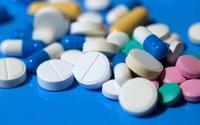 """Thuốc """"dexa"""" gây hại gì cho trẻ?"""