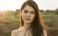 Á hậu Thùy Dung khoe vẻ đẹp mong manh ở đảo Phú Quý