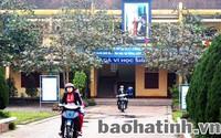 Trường trả lại 80 triệu tiền tạm thu của phụ huynh