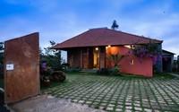Ngôi nhà ngói ấm cúng như ngôi nhà nhỏ trên thảo nguyên của cặp vợ chồng giáo viên ở Lâm Đồng